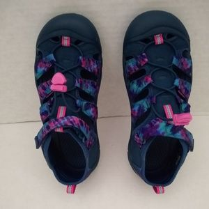 KEEN Tie Dye Retro Hiking Sandals - 6